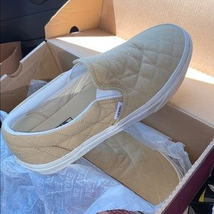 Vans classic slip on- WOMENS SIZE 9.5